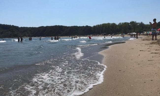 Морето поевтинява през септември, харчим наполовина