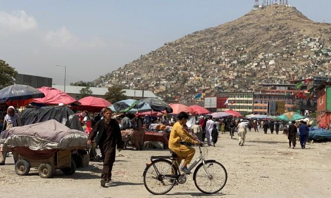 Комендантски час в Кабул е наложен от талибаните