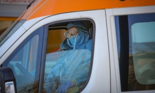 Повече от половината от починалите от коронавируса - със сърдечни заболявания