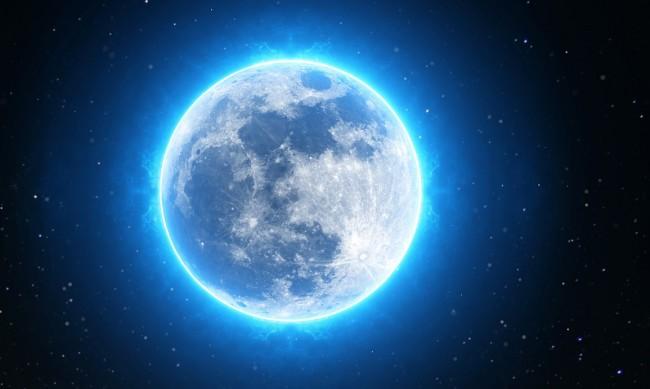 Синя луна променя живота на 4 зодии