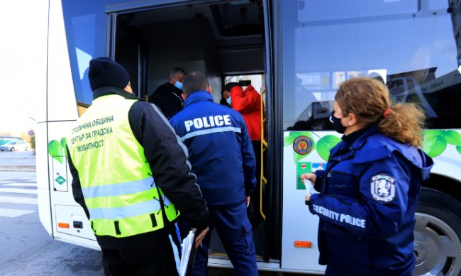 Засилват проверките в градския транспорт в София
