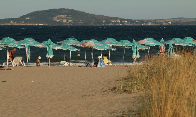 Плажовете без концесионер в Бургаско ще бъдат обхождани от полицаи