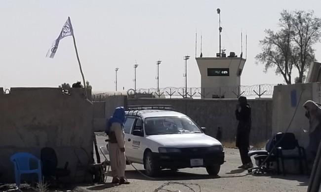 Още 120 служители на ООН са евакуирани от Кабул