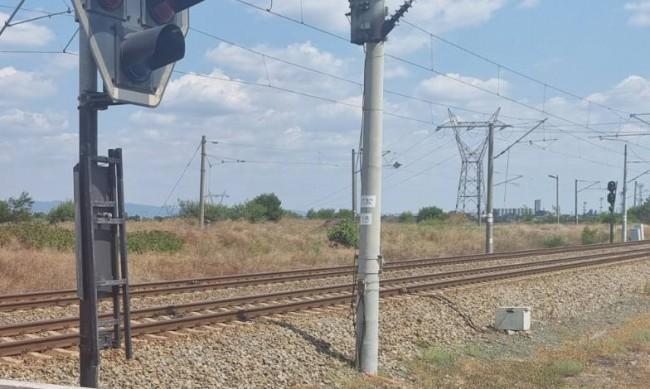 Нов инцидент с влак, над 100 души са блокирани