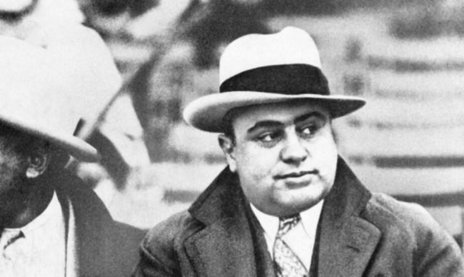 Предлагат на търг любимия пистолет на Ал Капоне