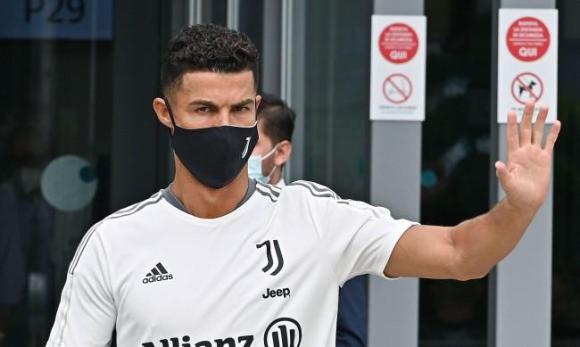 Кристиано Роналдо си събра багажа от Ювентус