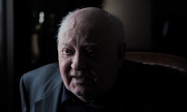 """Виталий Мански описва """"Горбачов. Рай"""" в София"""