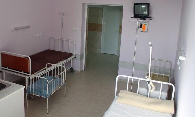 Общинските в болници в столицата готови да осигурят нови COVID легла