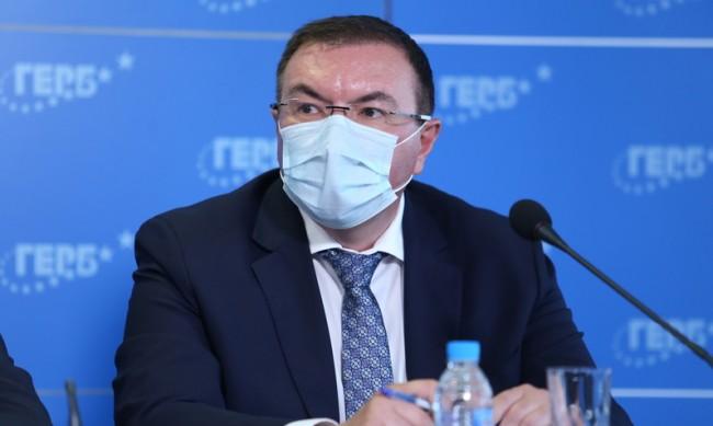 Ангелов сметна: Скок с 33% на хоспитализираните за седмица