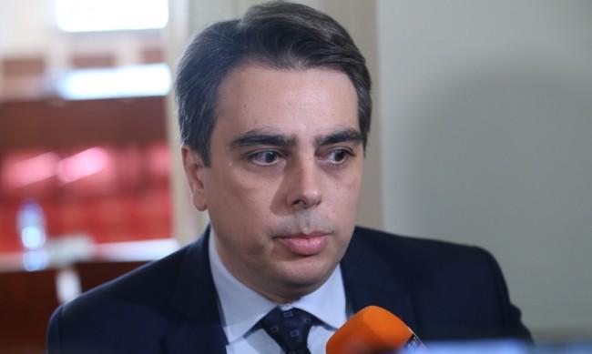 Василев: Като спра да бъда министър ще помисля за партия