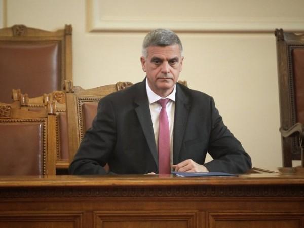 Според служебния премиер Стефан Янев, огласените днес нови ограничителни мерки