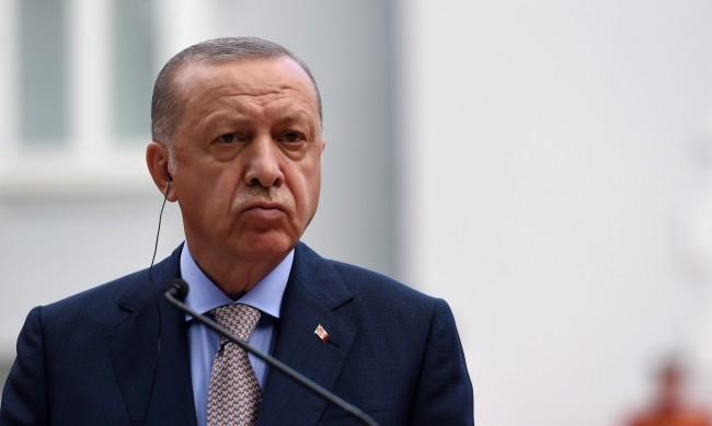 """Турция и талибаните """"братя по вяра"""": Ще заеме ли Анкара мястото на САЩ в Афганистан?"""