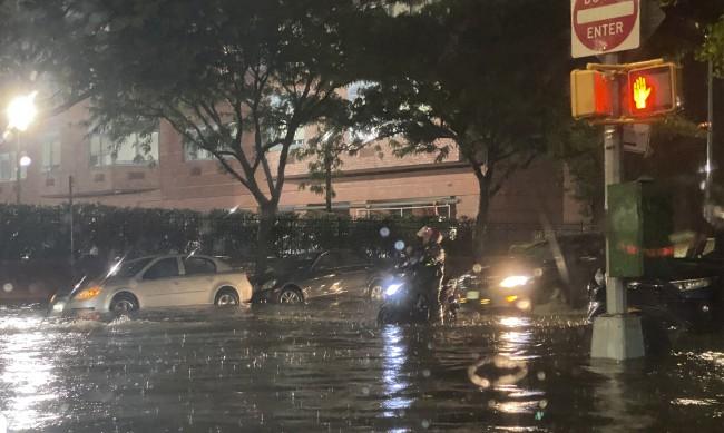 """Над 40 жертви на урагана """"Айда"""" в североизточната част на САЩ"""