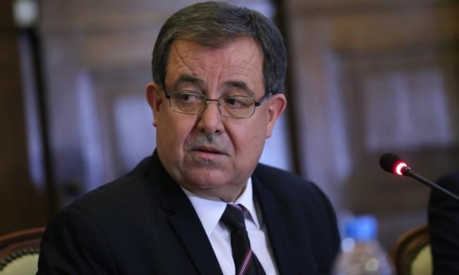БЗНС поиска оставките на Бозуков и Янев
