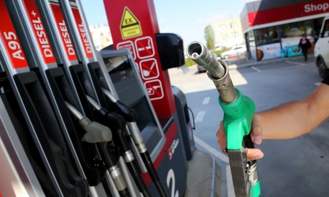 НАП започна тотален данъчен контрол на складовете за горива