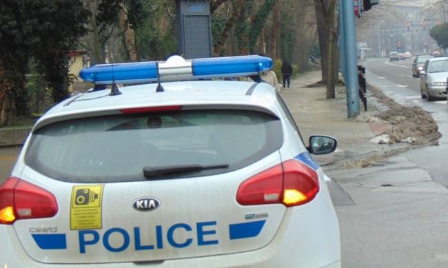 Засилено полицейско присъствие до училища на 15 септември