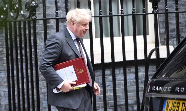 Голям ремонт на британския кабинет – за обединен екип за излизане от пандемията