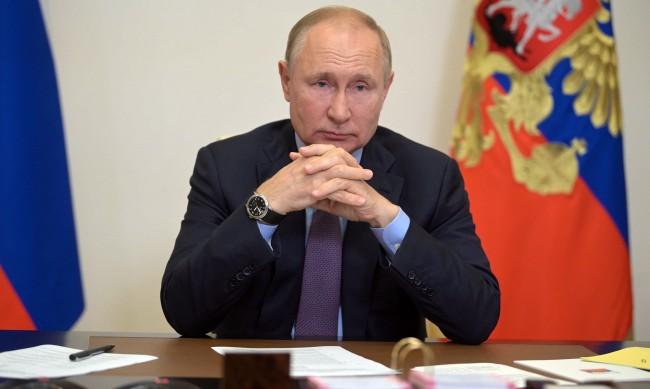 Десетки души от обкръжението на Путин са болни от COVID-19