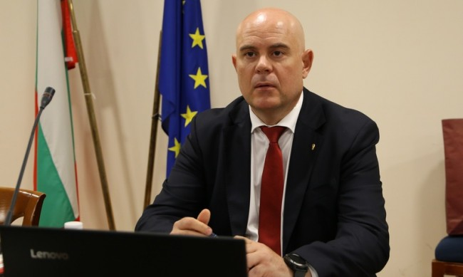 Гешев не е изземвал старо разследване срещу ексминистър на ГЕРБ