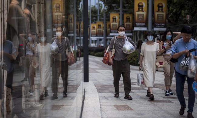 В Китай над 1 млрд. души са ваксинирани изцяло срещу COVID-19