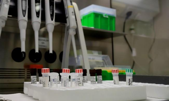 1724 са случаите на коронавирус за денонощието, излекувани са 1964 души