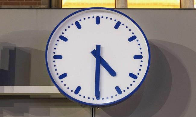 Смяна на часовото време до дупка: Страните в ЕС не могат да се разберат