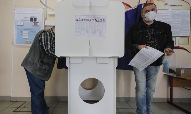 Русия съобщи за 3 кибератаки по време на изборите