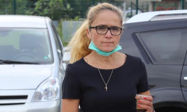 Иванчева: Не бях посъветвана от адвокат да забременея