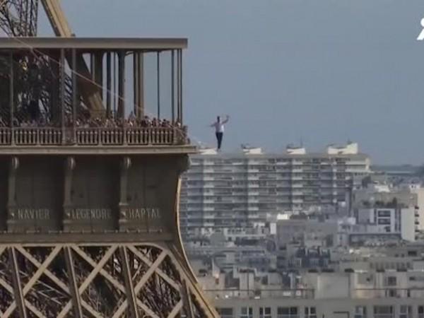 Французин вървя по въже, окачено на 70 м над земята