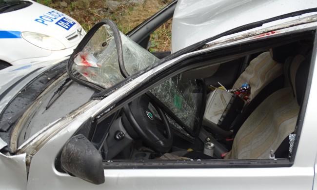 Петима ранени, сред тях две деца, ранени при катастрофа