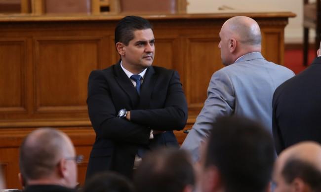 Радостин Василев: Ако ПП не се коалира с ДБ, войната ще е жестока