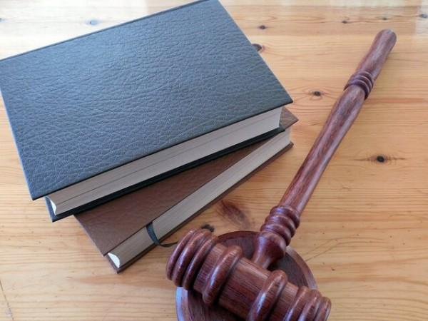 Инспектор от Регионалната здравна инспекция в Габрово получи условна присъда