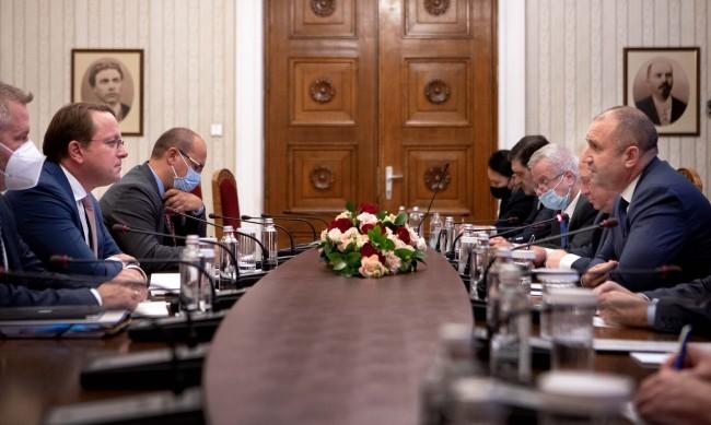 Радев: Очакваме ясни резултати от РСМ, не обещания