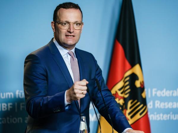 Германия ще спре да плаща компенсации на неваксинирани работещи, които