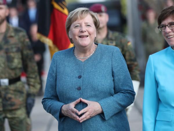 Ангела Меркел управлява Германия вече 16 години - толкова дълго,