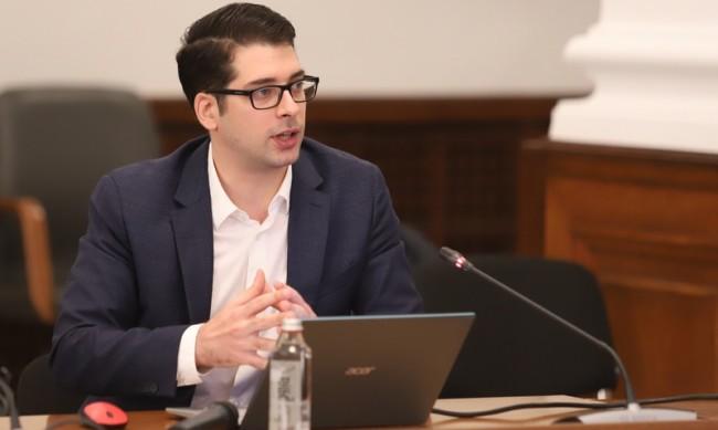 Пеканов: Не бих участвал в проекта на Василев и Петков