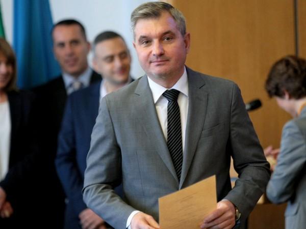 Напрежение в Столичния общински съвет след оставката на Елен Герджиков.