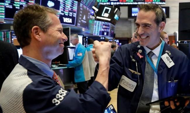 Резултатите на фондовете изпреварват борсовите индекси тази година