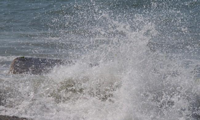 Прекратиха акцията по издирването на изчезналия в морето мъж край Каварна