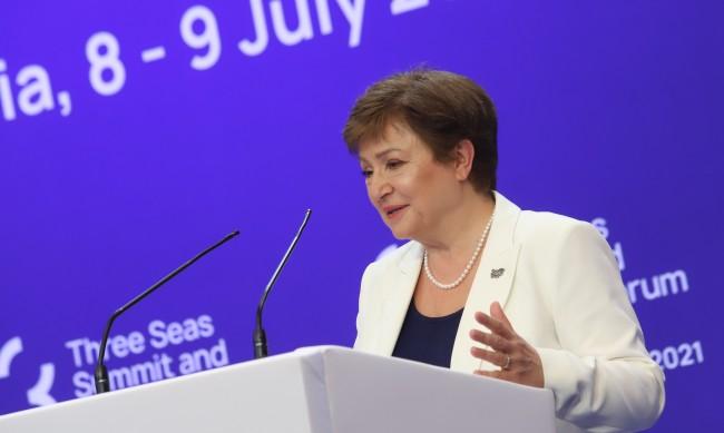 Economist призовава Кристалина Георгиева да подаде оставка