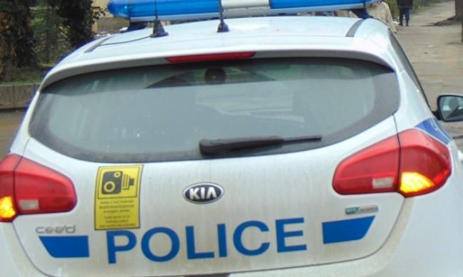 Задържаха мъж, ограбил денонощен магазин в Елин Пелин