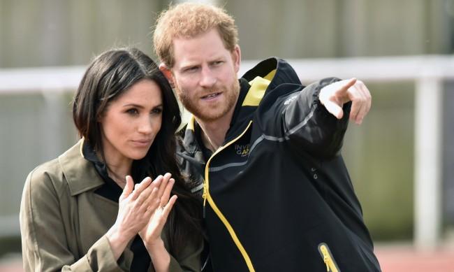 Хари и Меган се връщат в Англия за Коледа