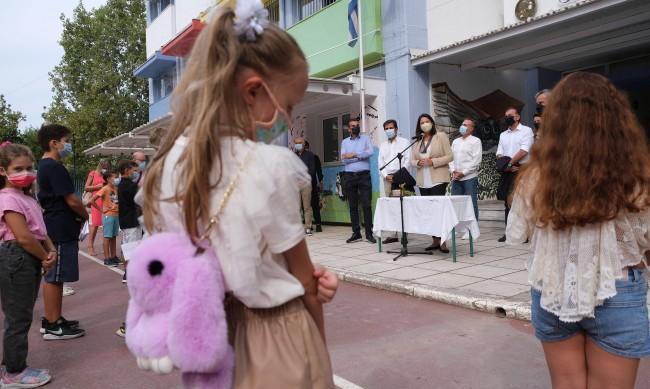 В Гърция 30% от новите случаи на коронавирус са деца