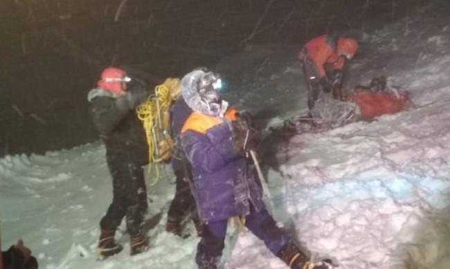 Петима алпинисти загинаха по пътя си към връх Елбрус