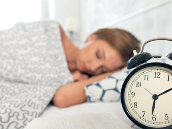 Добрият пълноценен и непробуден сън през нощта е от изключително