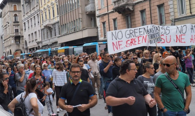 Протести в Европа заради Covid сертификатите