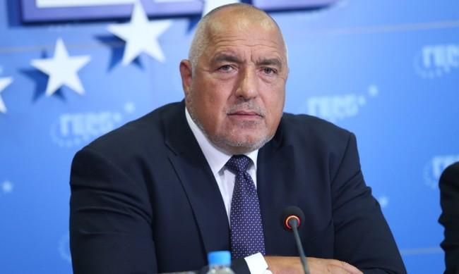 Борисов: До последно ще пазим кандидата ни за президент, има много бухалки