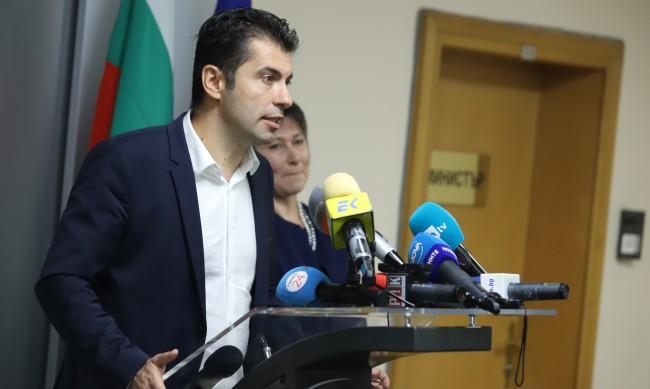 Кирил Петков: С дела и с факти ще оборваме залитанията в клевети
