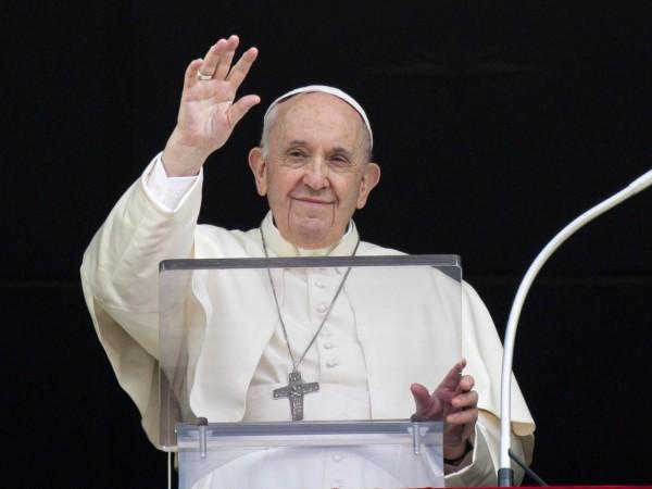 По време на неделната си проповед папа Франциск призова да