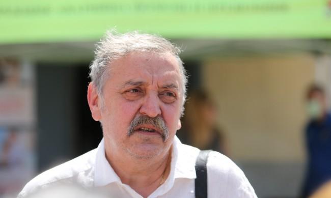 Кантарджиев категоричен: Няма да влиза в политиката